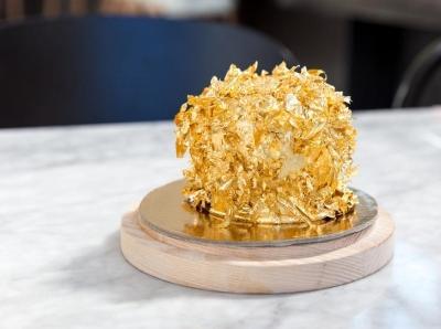 """好莱坞餐厅推出最贵甜品 一颗""""苹果""""700美金"""