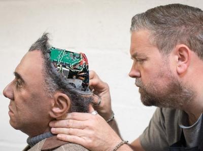 探访英国机器人工厂 画面仿佛科幻电影